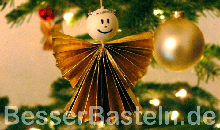 ziehharmonika engel als weihnachtsbaumdeko basteln. Black Bedroom Furniture Sets. Home Design Ideas